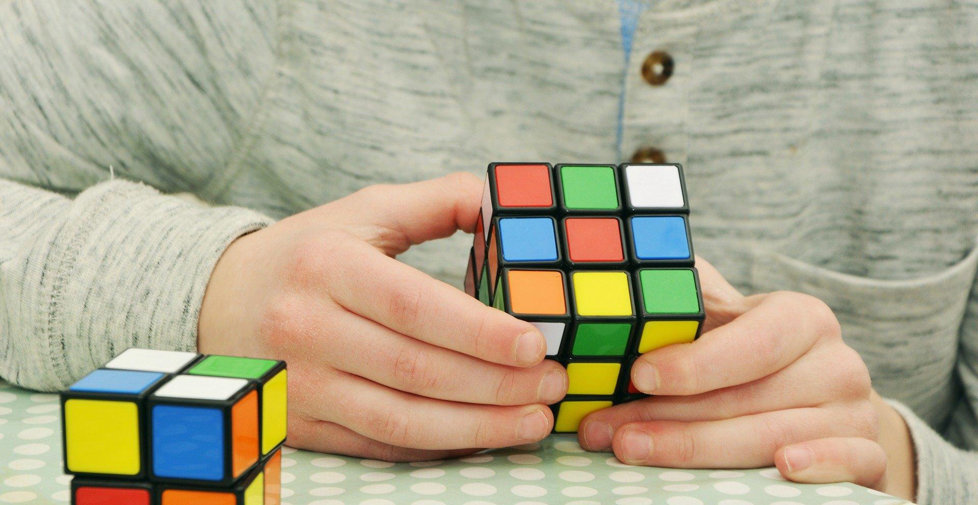 magic-cube-1976725_1920